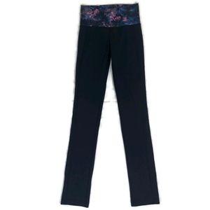 Lululemon Women's Black Skinny Grove Pants Size 6